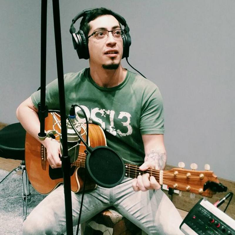 Rodrigo Ribas é professor do curso de produção musical