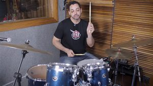 Fabiano Paz: Rudimentos e levada shuffle