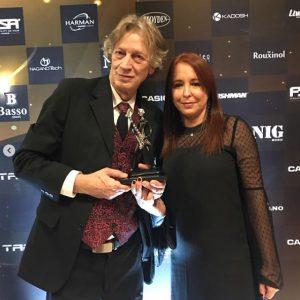 EM&T recebe o Prêmio Tagima de melhor escola de música
