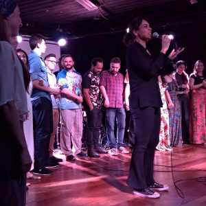 Música de Preto – Alunos de canto no palco